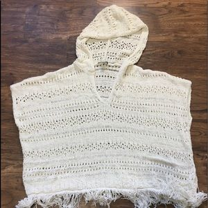 American Eagle Outfitters Fringe poncho SZ M
